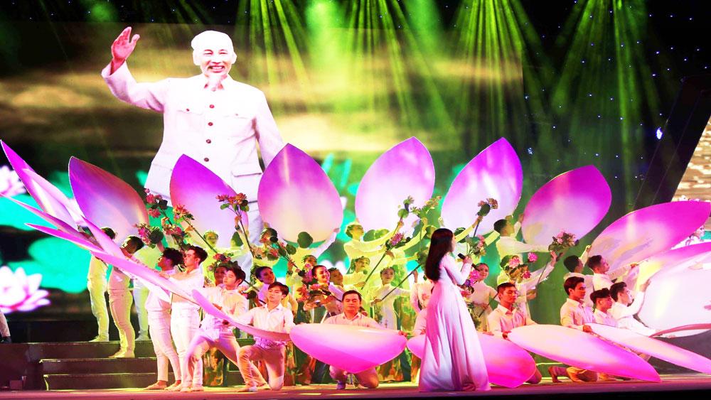 Chương trình nghệ thuật, Việt Nam – Ngàn gấm hoa, mừng Quốc khánh 2-9