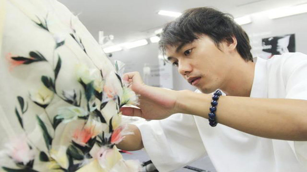Vietnamese designer to take part in London Fashion Week