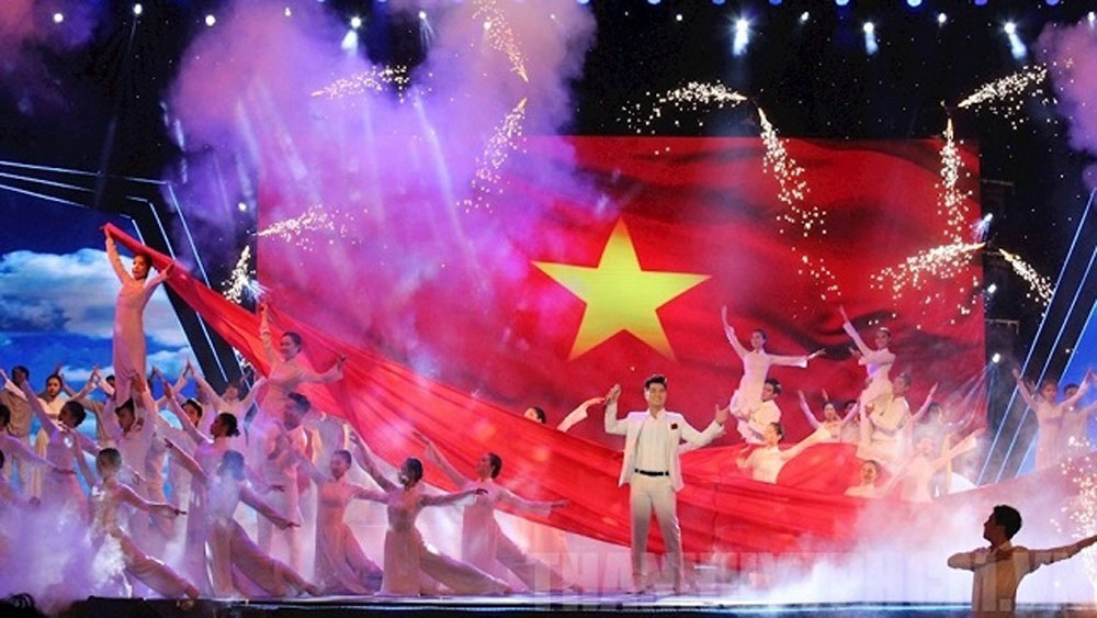 Ho Chi Minh City, Colourful art programme, National Day, outdoor art programme, 74th National Day, The Flag of Peace