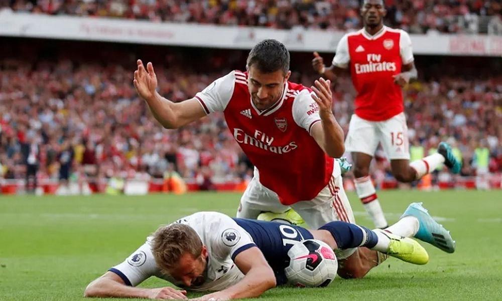 Arsenal, Tottenham, ngoại hạng anh