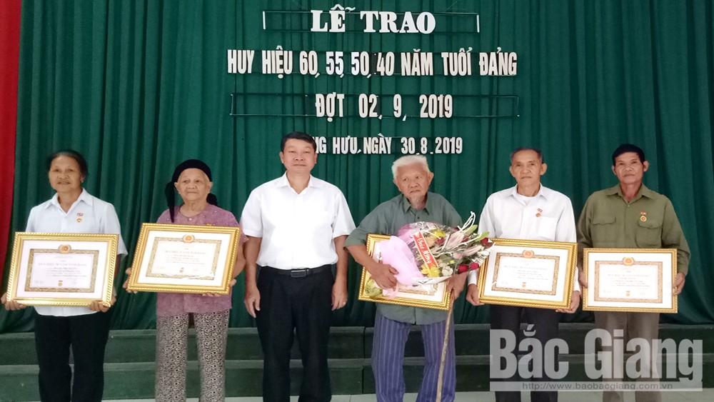 Sơn Động, 45 đảng viên, tiêu biểu, được nhận, Huy hiệu Đảng, đợt 2-9