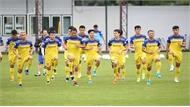 Thủ tướng Nguyễn Xuân Phúc chúc đội tuyển Việt Nam thi đấu tốt trước Thái Lan