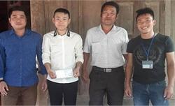 Nam sinh lớp 12 dũng cảm cứu sống hai người giữa dòng lũ