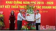 Trường Cao đẳng Nghề công nghệ Việt – Hàn khai giảng năm học mới