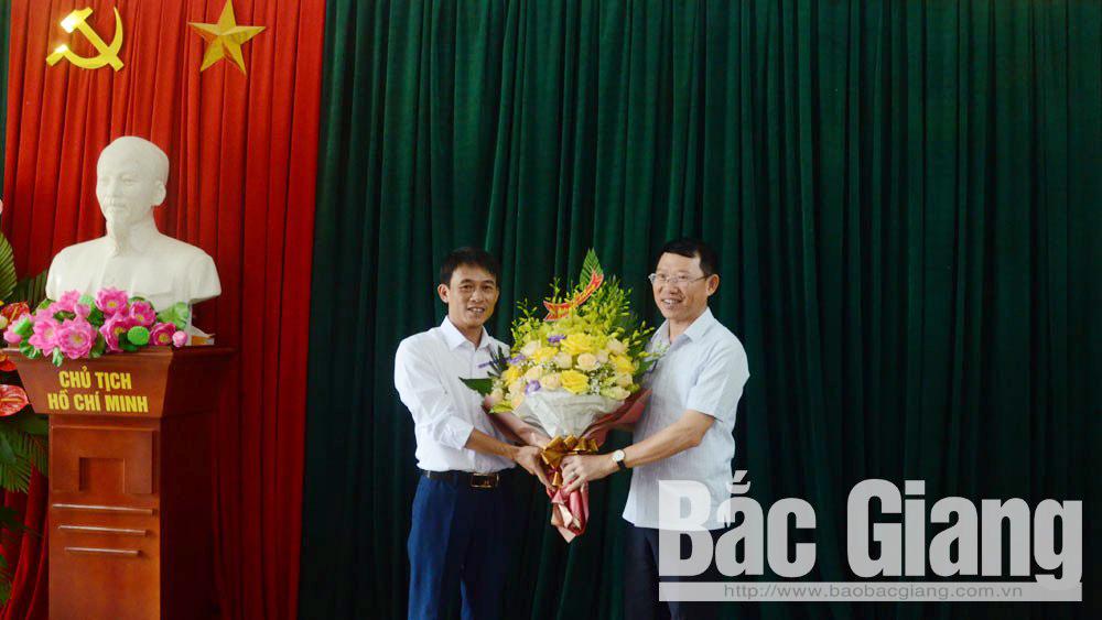 Đồng chí Lê Ánh Dương, chúc mừng, nghệ sĩ ưu tú, Anh Tuấn