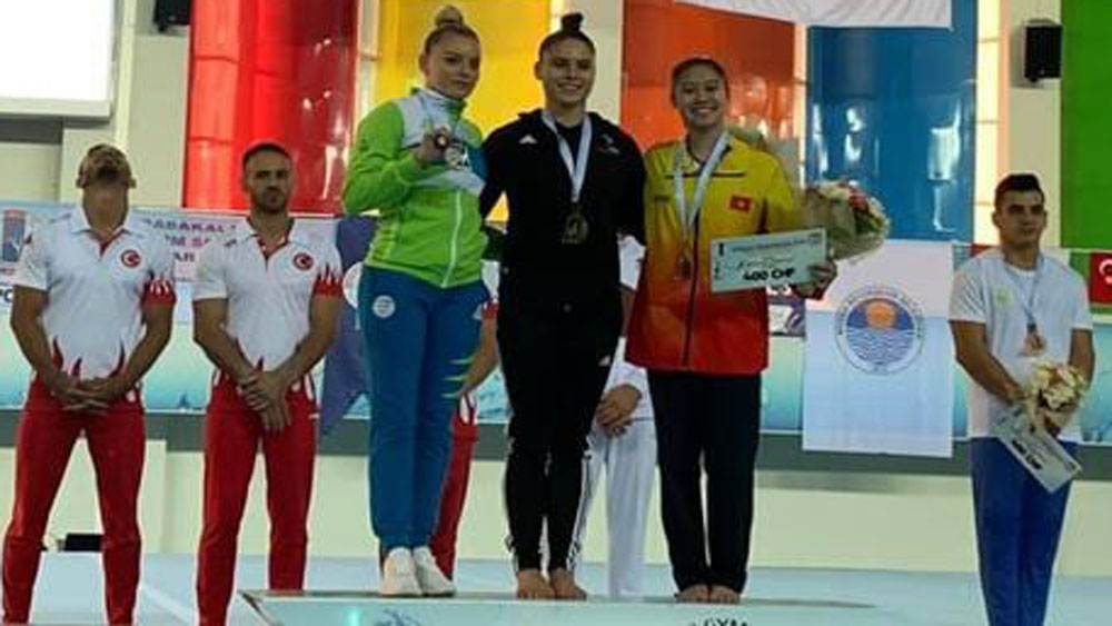 Vietnam wins two medals at World Gymnastics Cup
