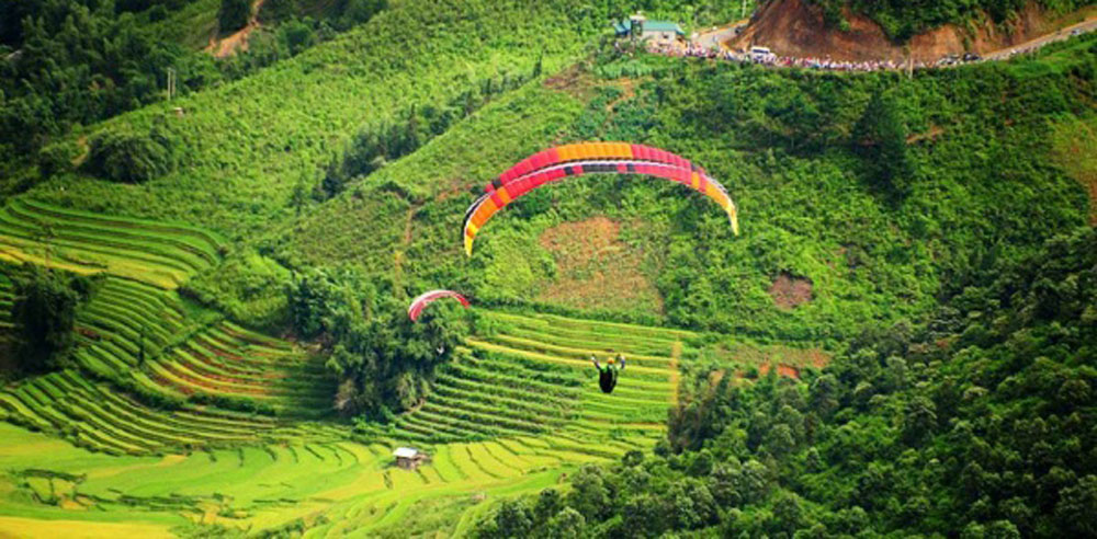 Festival, paragliders, northern terrace fields, iconic rice terraces, paragliding festival,  annual festival, rice harvest season