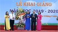 Thủ tướng Nguyễn Xuân Phúc: Dạy chữ đã quan trọng, dạy người càng quan trọng hơn