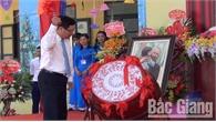 Phó Thủ tướng Phạm Bình Minh dự lễ khai giảng tại Bắc Giang