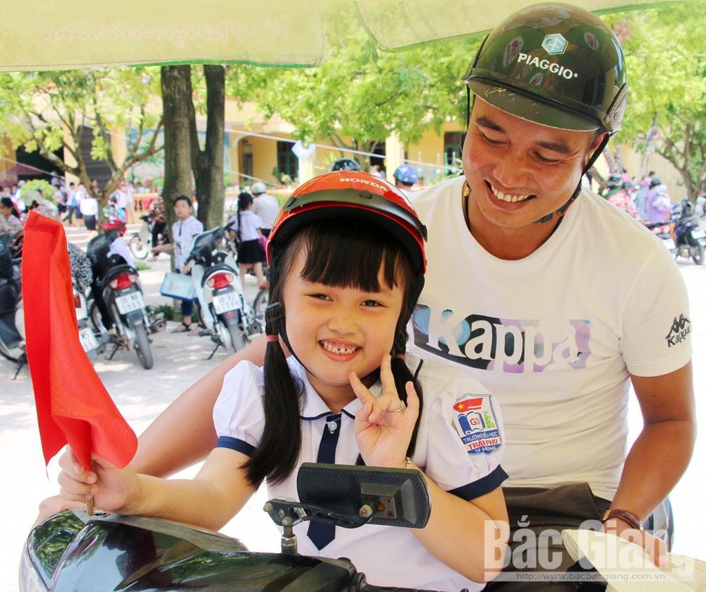 Bắc Giang, mũ bảo hiểm, trẻ lớp 1, giữ trọn ước mơ, Công ty Honda Việt Nam, An toàn giao thông