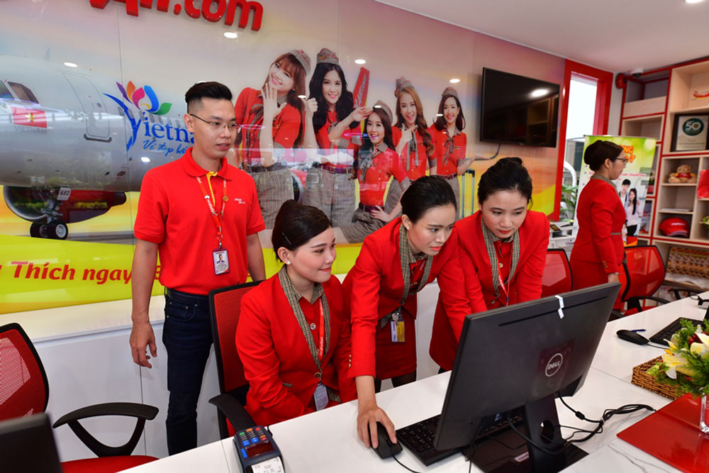 Vietjet, check-in service, HCM City downtown, add-on services,  check-in procedures, free shuttle bus, additional checked baggage