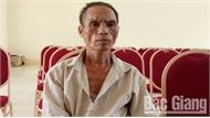 Bắc Giang: Bé trai 10 tuổi bị bác họ chém trọng thương
