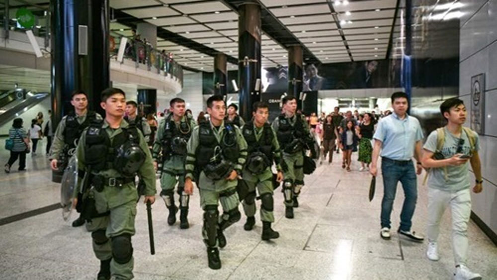 Hong Kong, siết chặt, an ninh, ngăn biểu tình