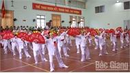 Hơn 400 người cao tuổi tham gia Hội khỏe truyền thống lần thứ XXVI