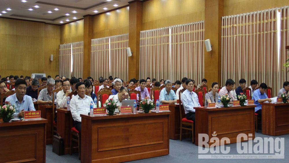 Bắc Giang; 103 học viên; cán bộ lãnh đạo diện Ban Thường vụ quản lý
