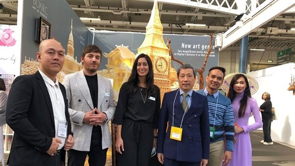 Vietnamese handicrafts introduced in London