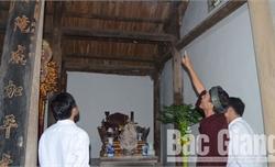 Chủ tịch UBND huyện Hiệp Hòa chỉ đạo thanh tra việc tu sửa đền Y Sơn