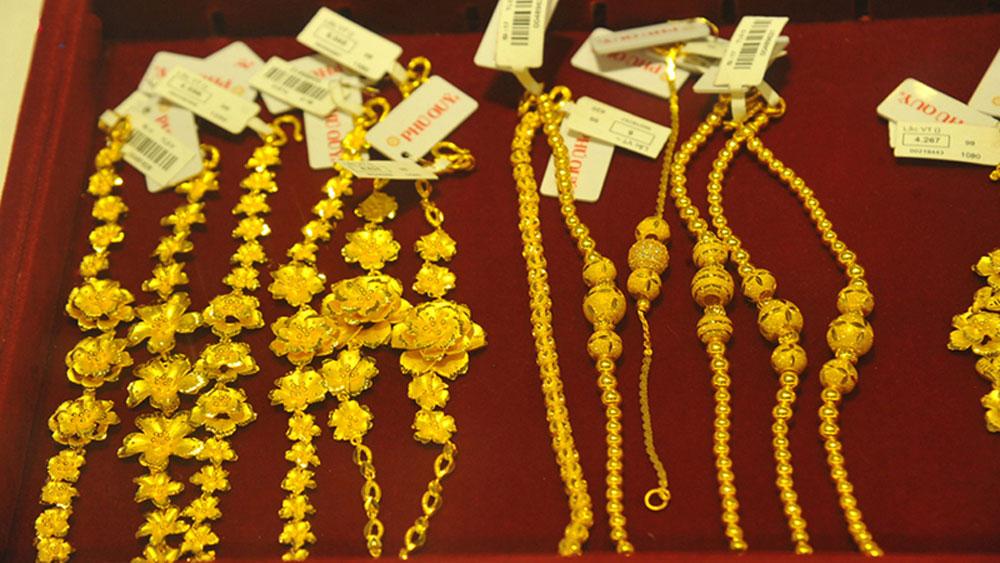 Giá vàng giảm mạnh, hơn 500.000 đồng/lượng