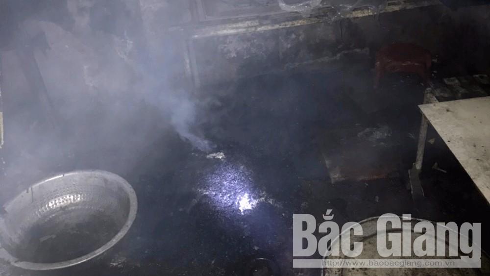 TP Bắc Giang: Cháy do chập điện, chủ nhà bị thương