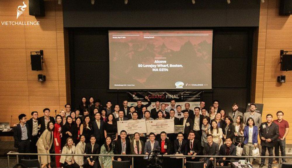 Medlink, first startup contest, VietChallenge 2019, direct connectivity, Vietnamese entrepreneurs, artificial intelligence, innovative startups