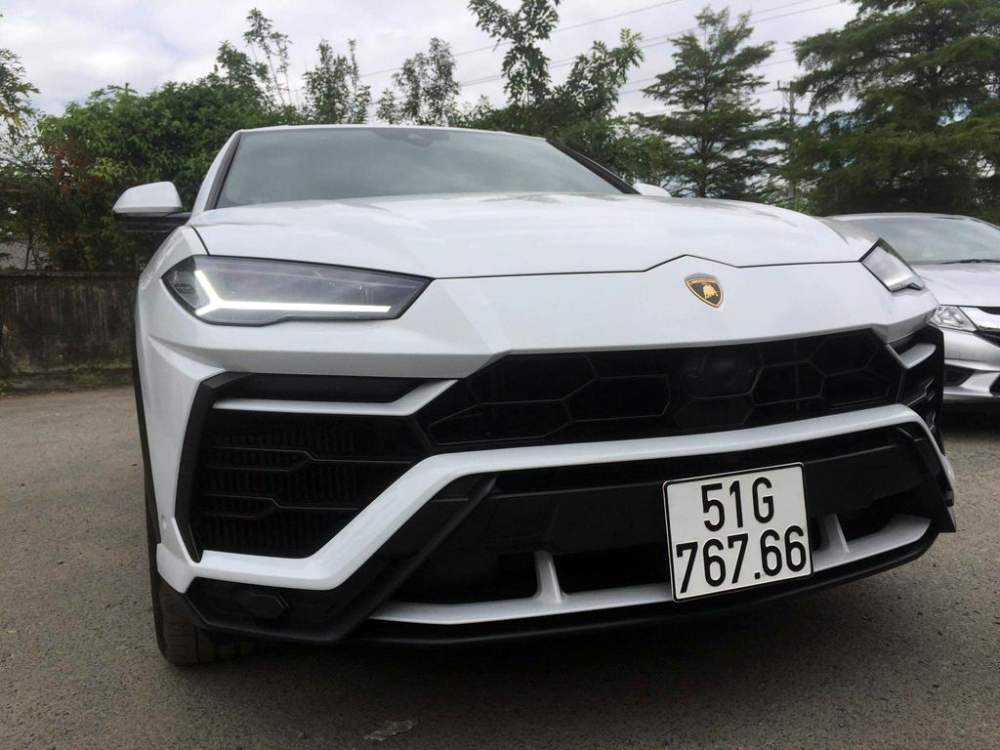 Lamborghini Urus, siêu SUV, minh nhựa