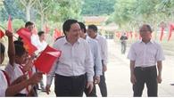 """Bộ trưởng Bộ Giáo dục và Đào tạo Phùng Xuân Nhạ dự Lễ khai giảng tại """"rốn lũ"""" Quảng Bình"""