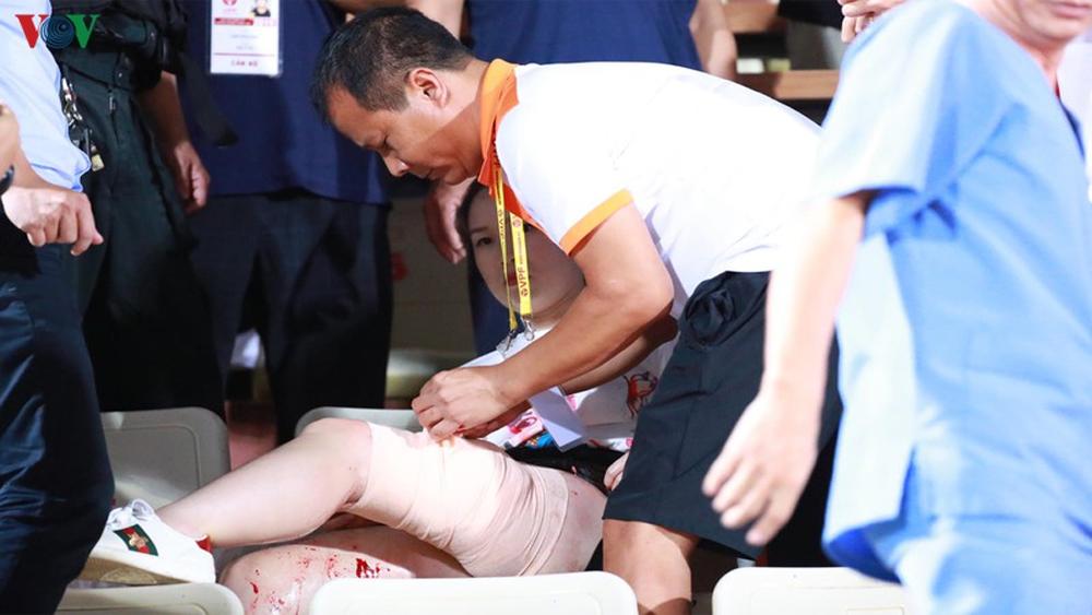 Cổ động viên nữ, nhập viện, Hà Nội FC, lo toàn bộ chi phí phẫu thuật