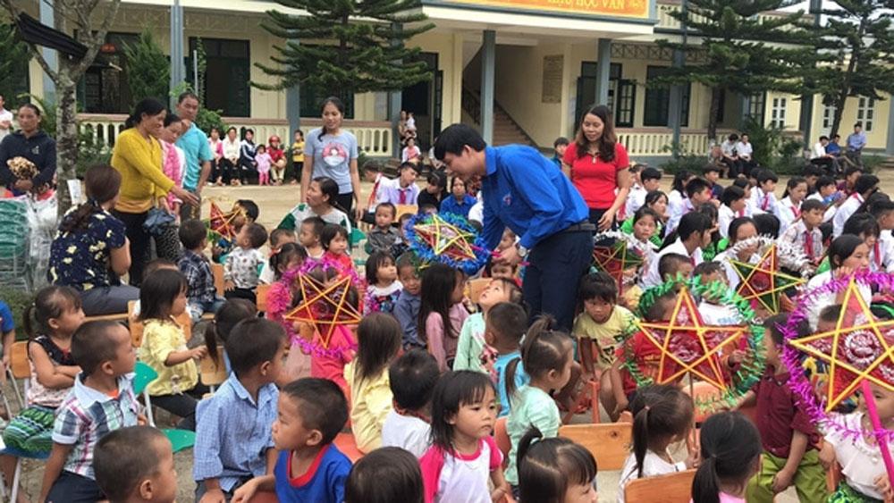 Children, various Mid-Autumn Festival activities, making lanterns,  liondances, beating drums, outstanding students
