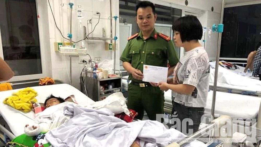 Hoàng Văn Văn; Sơn Động; quyên góp ủng hộ cháu Hoàng Văn Văn, Bác họ chém cháu trọng thương
