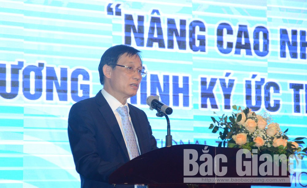 Thứ trưởng Lê Hoài Trung phát biểu khai mạc hội thảo.
