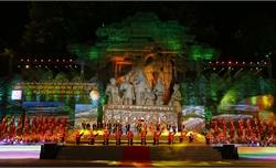 Tưng bừng Liên hoan trình diễn Di sản văn hóa phi vật thể quốc gia và Lễ hội Thành Tuyên 2019
