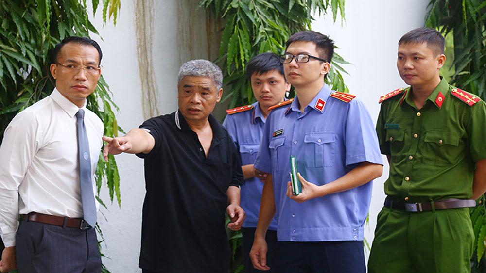 Tài xế Doãn Quý Phiến, thực nghiệm hiện trường, bé Lê Hoàng Long