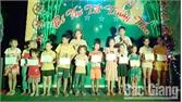 80 học sinh hoàn cảnh đặc biệt khó khăn được nhận quà Trung thu