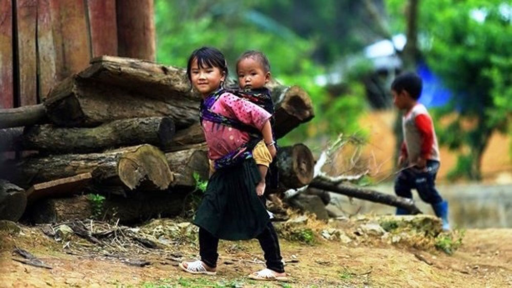 WB and UNICEF commit to deal with child under nutrition in Vietnam