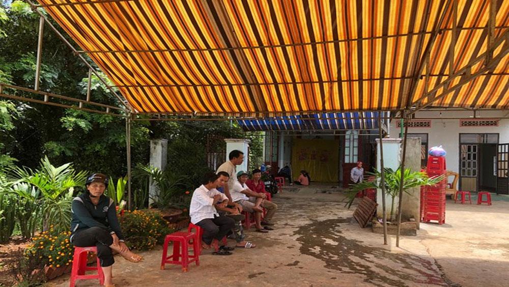 Vợ chồng, tử vong trên giường, uống thuốc trừ sâu, bà Nguyễn Thị Hương