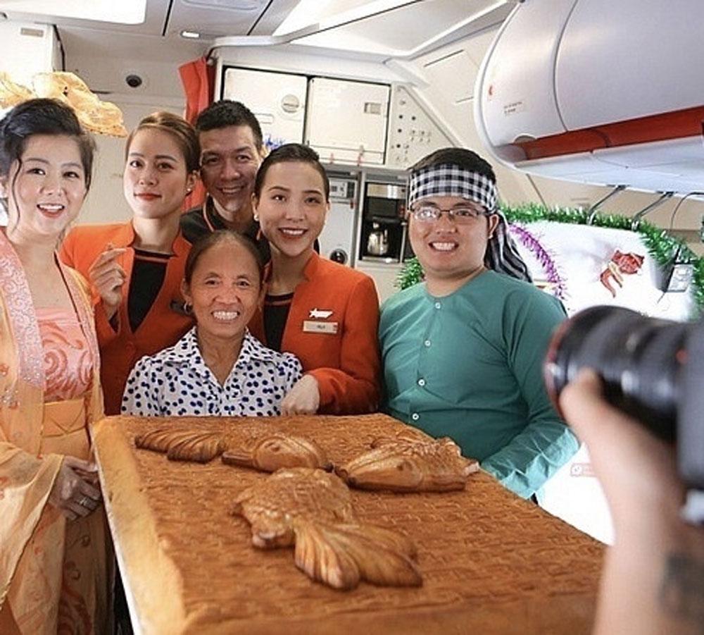 Ai cho phép, bà Tân Vlog,  bánh Trung thu,siêu to, máy bay