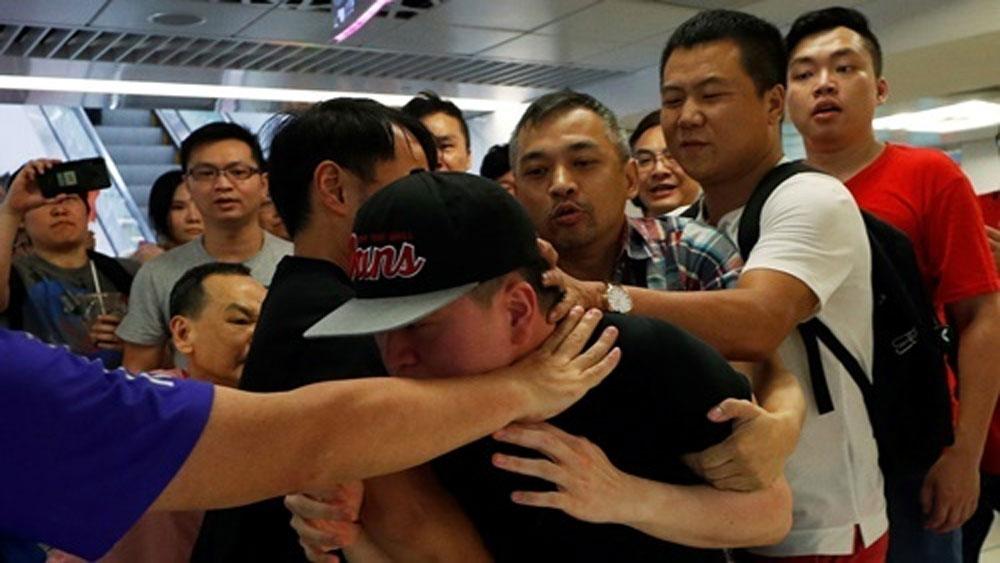 Hai phe biểu tình, Hong Kong, đụng độ,  chính quyền bà Carrie Lam
