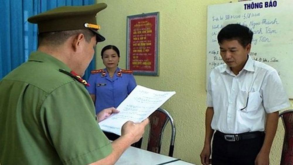 Sáng 16-9, 8 bị can, vụ gian lận điểm thi ở Sơn La, hầu tòa