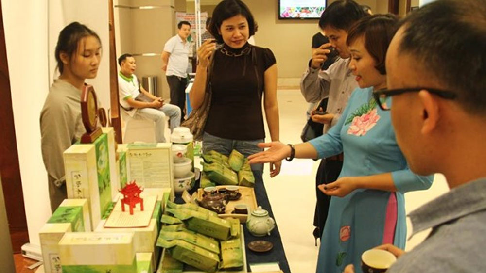 Conference promotes Hanoi's safe farm produce