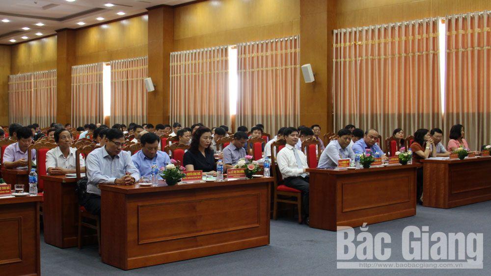 Bắc Giang; cập nhật kiến thức; cán bộ diện BTV quản lý; 8 chuyên đề
