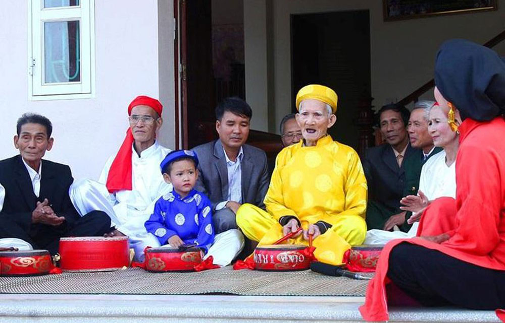 Vinh Phuc province, folk singing, tourism promotion, Trong quan Duc Bac singing, male and female groups, art form