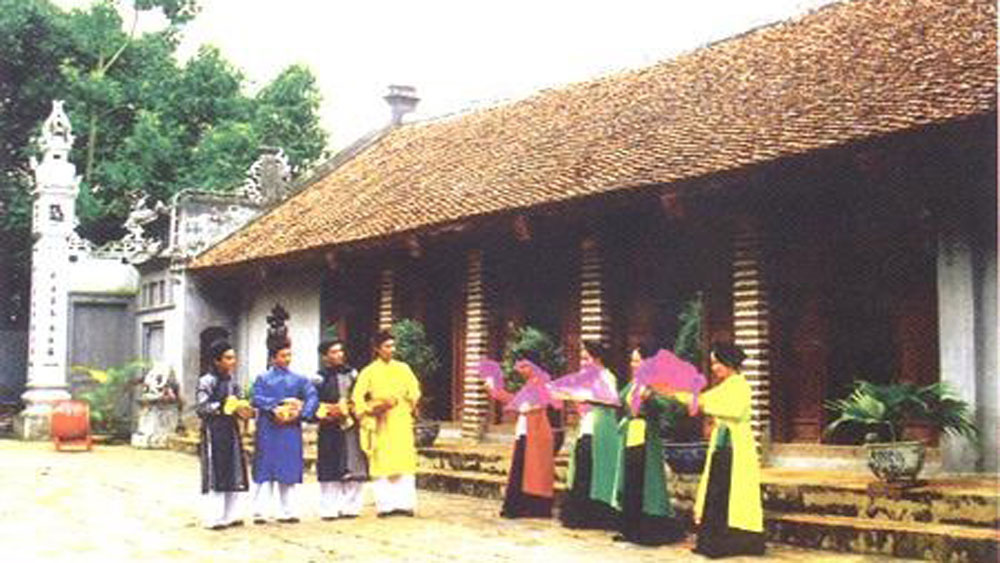 Vinh Phuc preserves folk singing to promote tourism