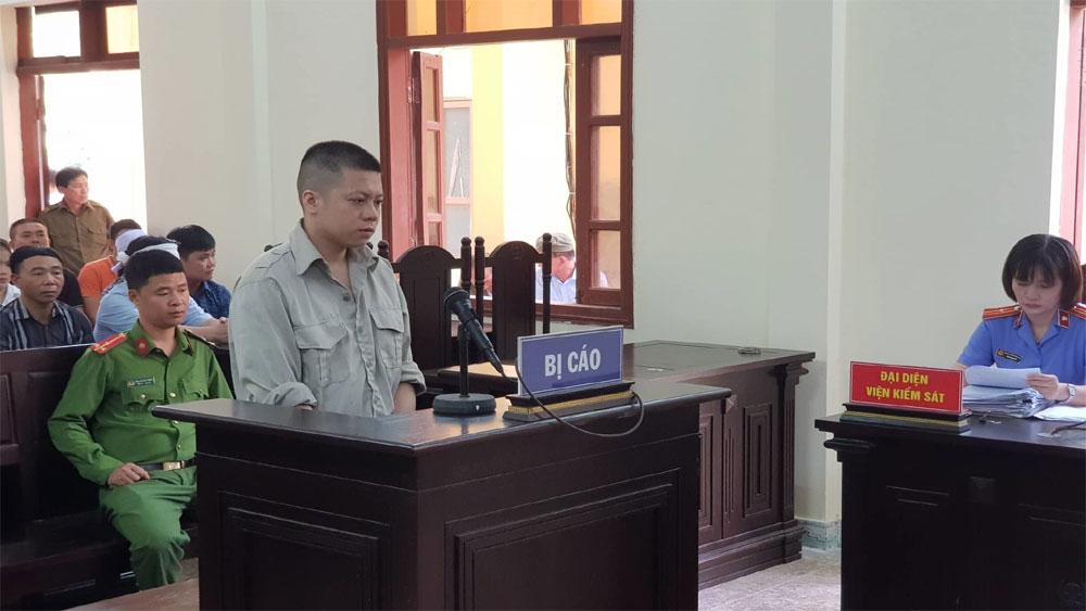 Tài xế, tông chết 8 người đi bộ ở Hải Dương, lĩnh 13 năm tù, bị cáo Lương Văn Tâm