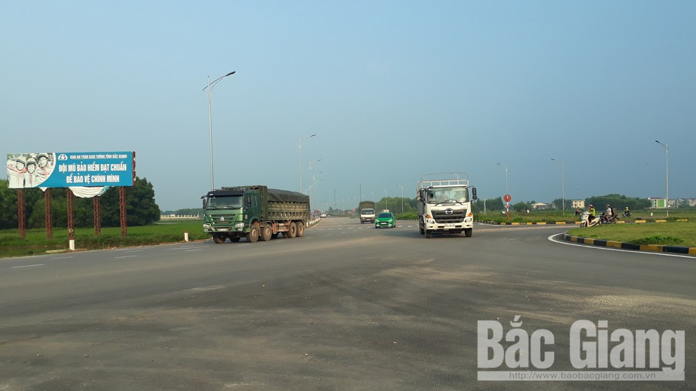 Phân luồng giao thông phục vụ thi công đường tỉnh 293