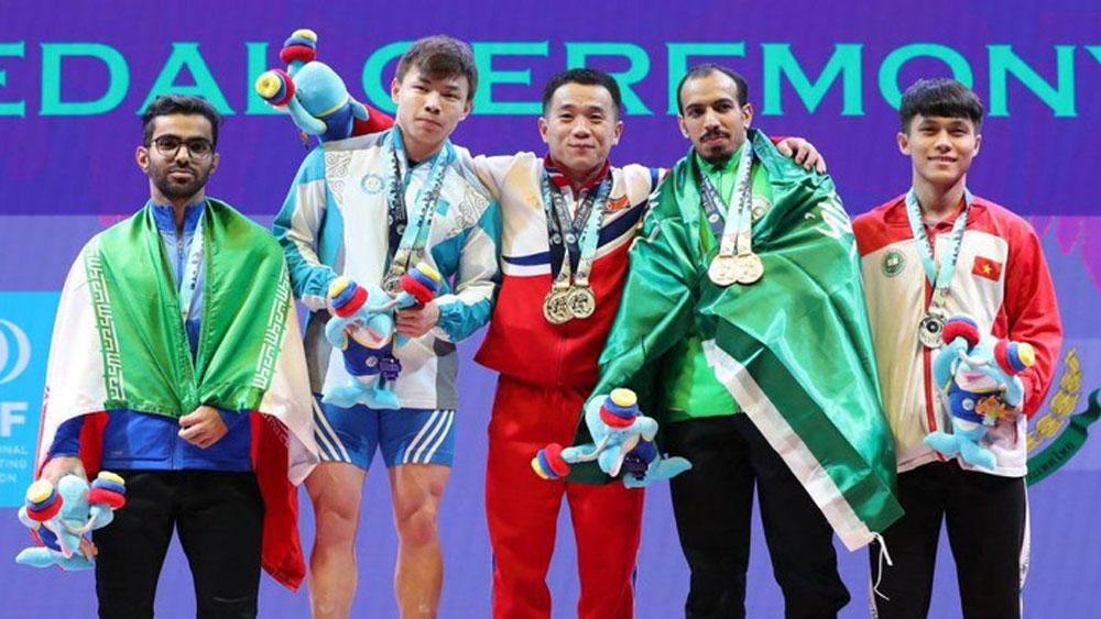 Vietnamese weightlifter, silver medal, World Championships, Nguyen Tran Anh Tuan, Khong My Phuong, National Federations