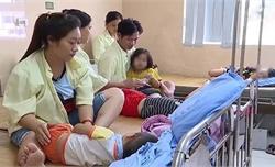 Xác định nguyên nhân gần 100 trẻ ở Phú Thọ nhập viện