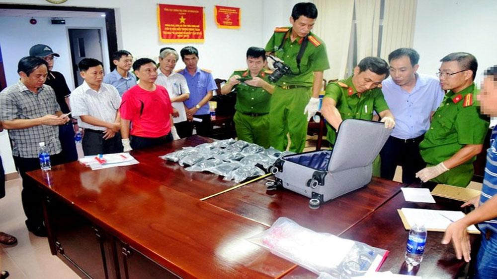 Vận chuyển 30.000 viên ma túy tổng hợp bằng tàu hỏa Bắc - Nam