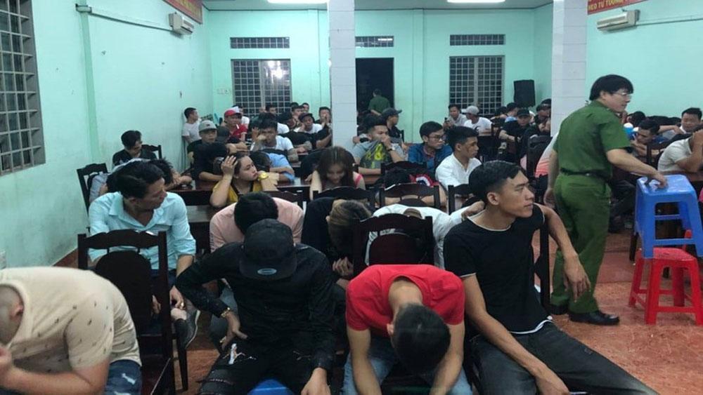 Kiểm tra quán bar ở Đồng Nai, phát hiện , 145 đối tượng dương tính với ma túy,  quán bar Ozone