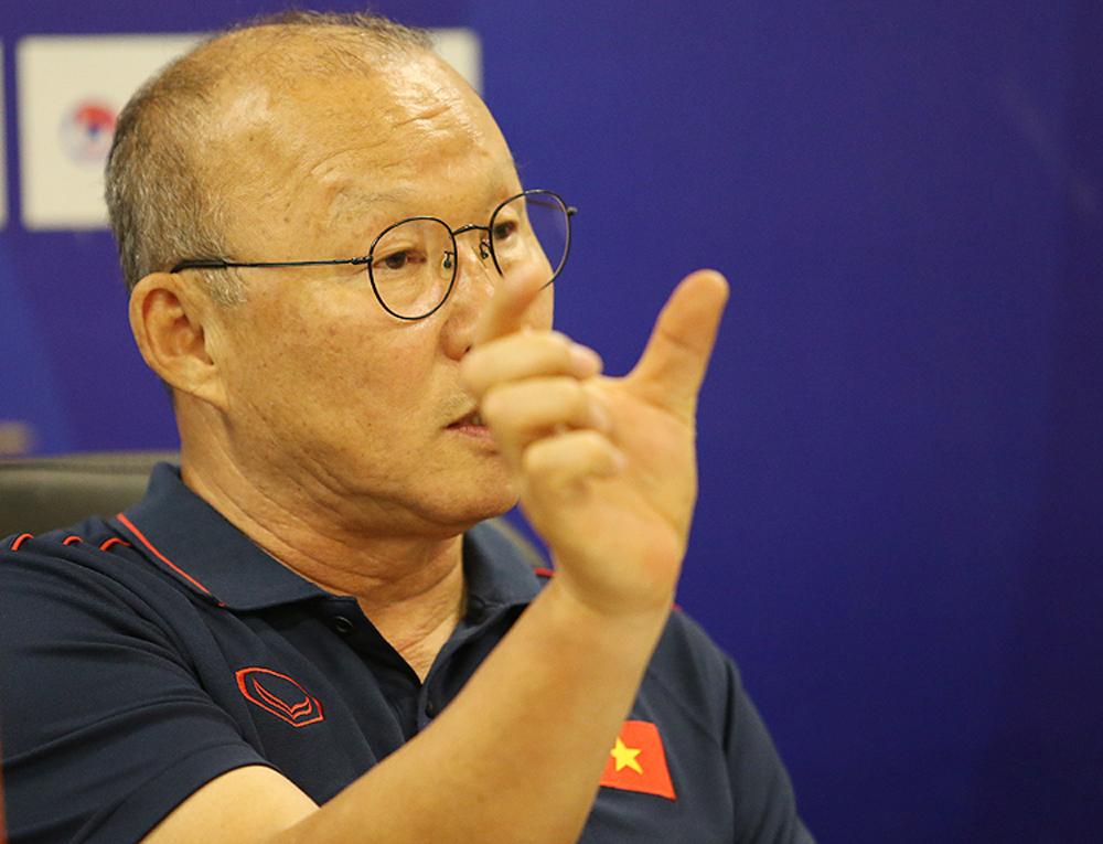 Park Hang-seo, Đội tuyển bóng đá Việt Nam, Hợp đồng của HLV Park