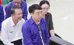 """Cựu Thứ trưởng Lê Bạch Hồng nói lời sau cùng """"mong Hội đồng xét xử xem xét thấu đáo"""""""
